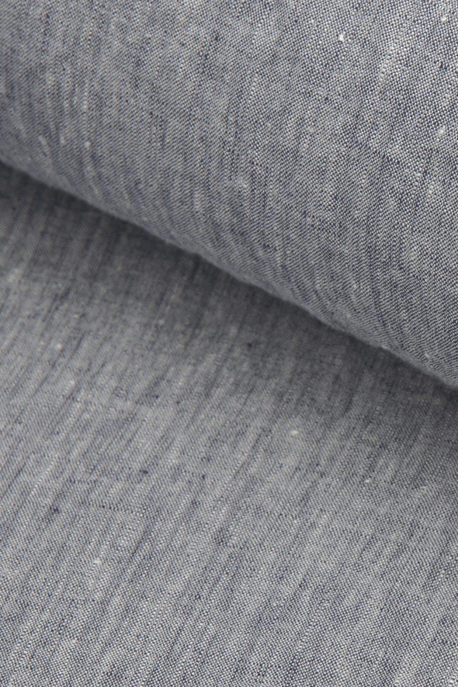 Grey eco-certified plain weave 100% linen hand cut